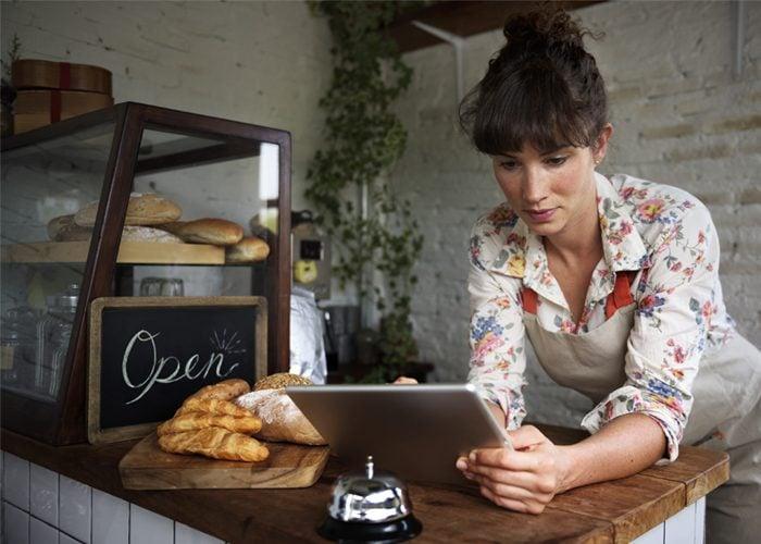vender pão caseiro de casa em casa